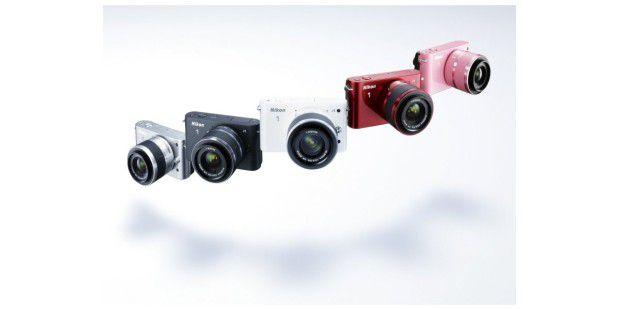 Die Nikon 1 J1 ist in fünf Farben erhältlich