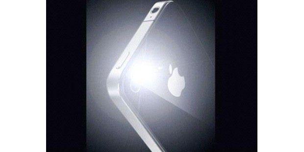 SpringFlash benutzt die LEDs des iPhone 4 als Taschenlampeund aktiviert diese sofort durch einen Doppel-Tipper auf denPower-Button.