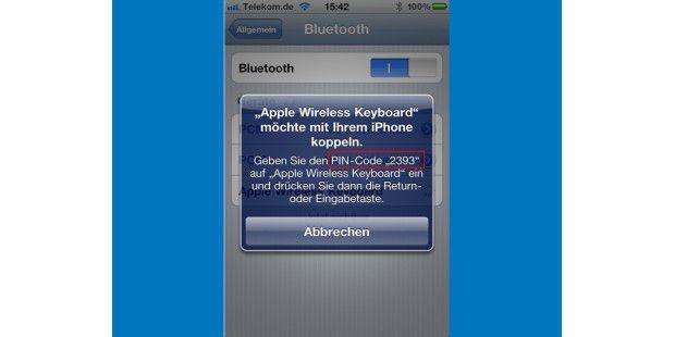 Sobald Sie im Bluetooth-Menü des Smartphones antippen,dass die identifizierte Tastatur gekoppelt werden soll, zeigt dasMeldungsfenster eine PIN, die Sie auf der Bluetooth-Tastatureintippen und per Enter-Taste bestätigen.