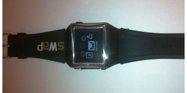 Swap Active: Uhr mit Telefon und Spionagekamera. (Foto:PC-WELT)