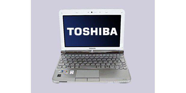 Toshiba NB200-110: Die extrem hohe Ausdauer im Akkutestund die ordentliche Tastatur bringen das Netbook ganz nach vorn inunsere Top 10