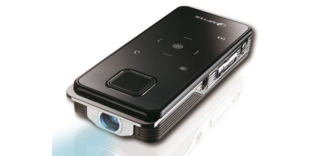 Aiptek zeigt Mini-Beamer & Full-HD-Camcorder