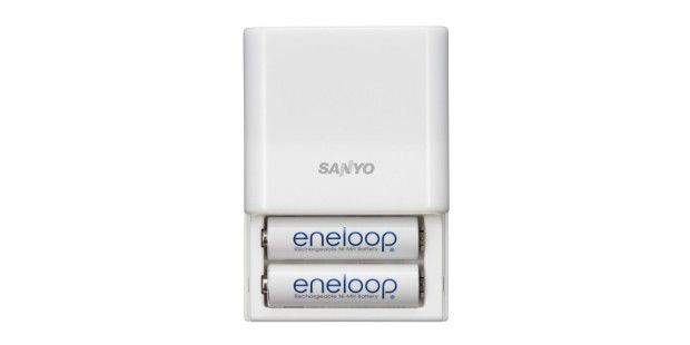 Sanyo eneloop Mobile Booster KBC-E1S