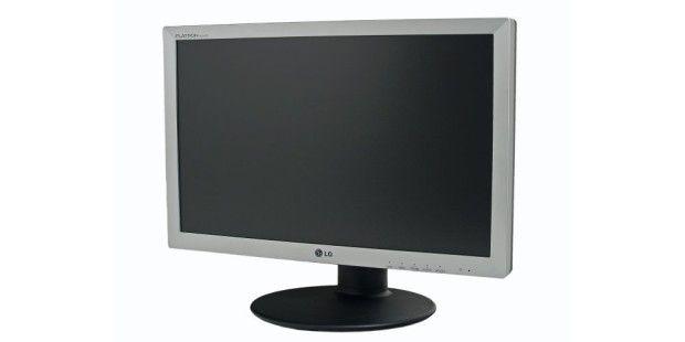 LG W2220P