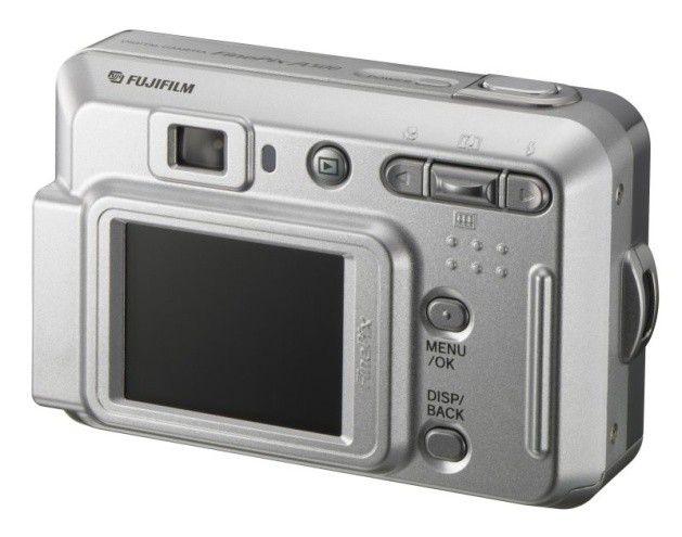 test der woche die besten digitalkameras mit optischem sucher pc welt. Black Bedroom Furniture Sets. Home Design Ideas