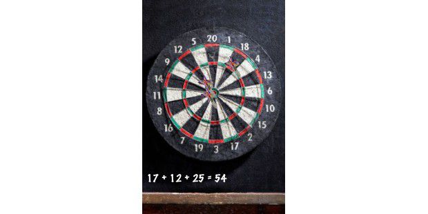 "iPhone-App ""Dart Toss"""