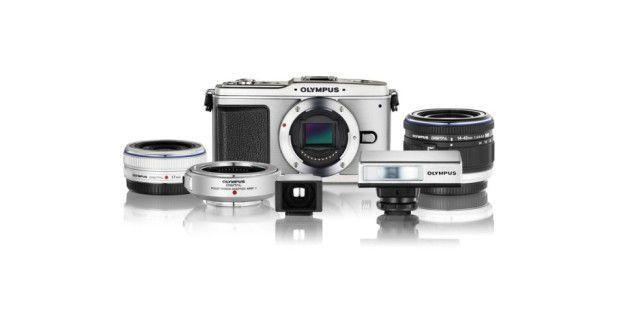 Kompaktkamera mit Wechselobjektiven von Olympus