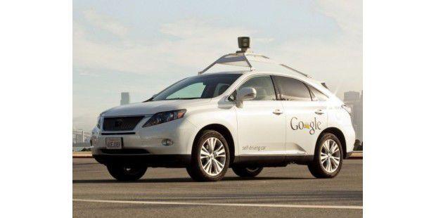 Google-Auto der Marke Lexus RX450h