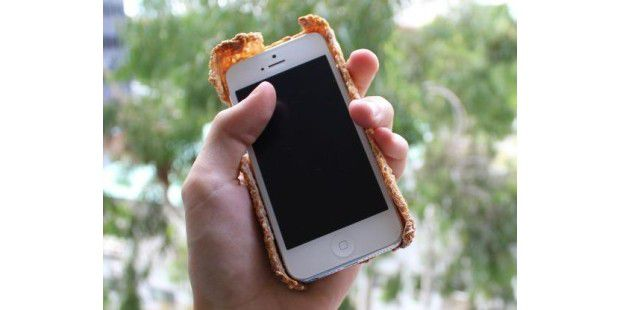 Survival Senbei iPhone 5 case: Reiscracker-Hülle