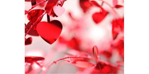 Nächsten Dienstag ist Valentinstag. Hier finden Sie Tipps & Anregungen für romantische Liebesgrüße.