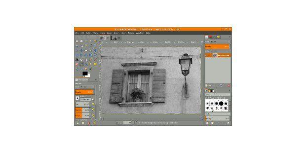 GIMP 2.8 hat den lang ersehnten Ein-Fenster-Modusintegriert.