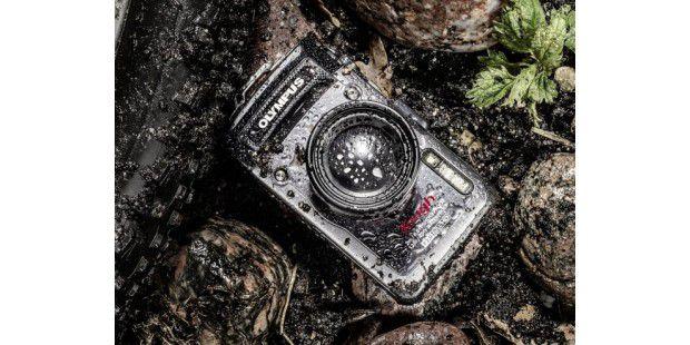 Wasserfeste Kameras eignen sich vor allem für den Urlaubund für Sportler.
