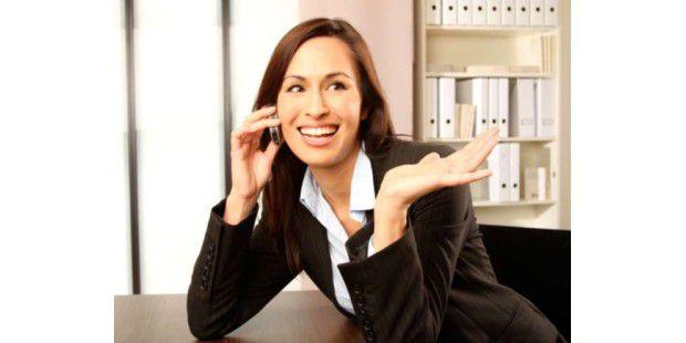 Unternehmen dürfen ihren Mitarbeitern bis zu einem gewissen Rahmen sehr genaue Bekleidungsvorschriften machen.