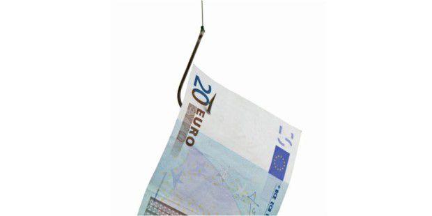 Abgefischt: Betrüger nutzen die neuen Möglichkeiten des Internet, um ihren Opfern das Geld aus der Tasche zu ziehen.