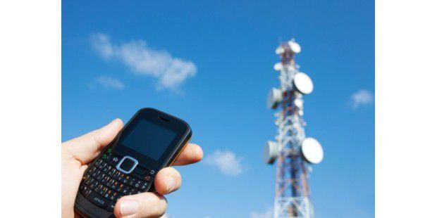 Über das Mobilfunknetz lässt sich der aktuelle Standort jedes beliebigen Handys feststellen.