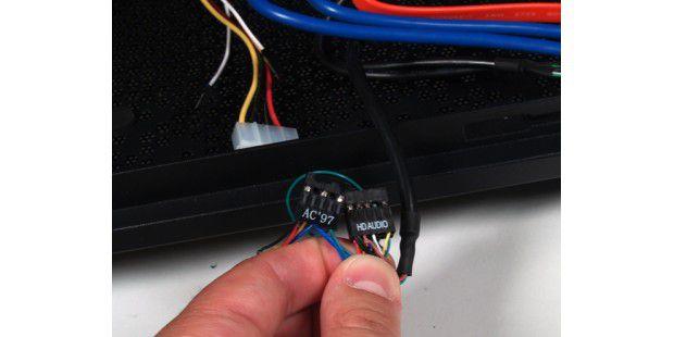 Die Audio-Stecker fürs Mainboard.