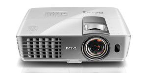 Full-HD-Projektor Benq W1080+ im Test