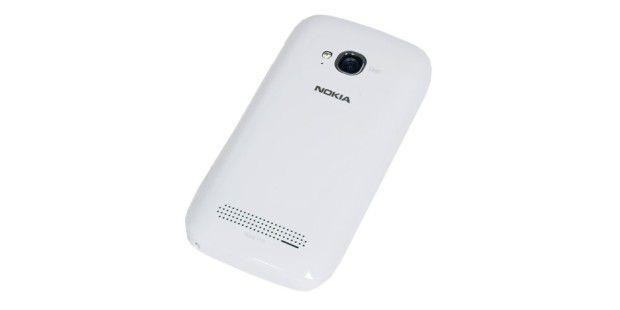 Nokua Lumia 710 mit 5-Megapixel-Kamera undLED-Blitz