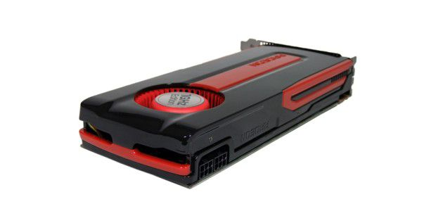 Die AMD Radeon HD 7870 benötigt zwei 6poligePCI-Express-Stromanschlüsse.