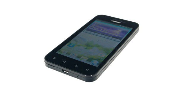 Huawei Honour besitzt vier Sensortasten unter demDisplay.