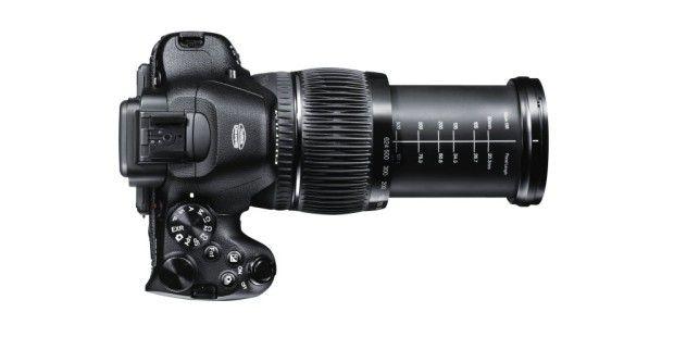 Das 26fach-Zoomobjektiv der Fujifilm X-S1 deckt einenBrennweitenbereich von 24 bis 624 Millimeter ab.