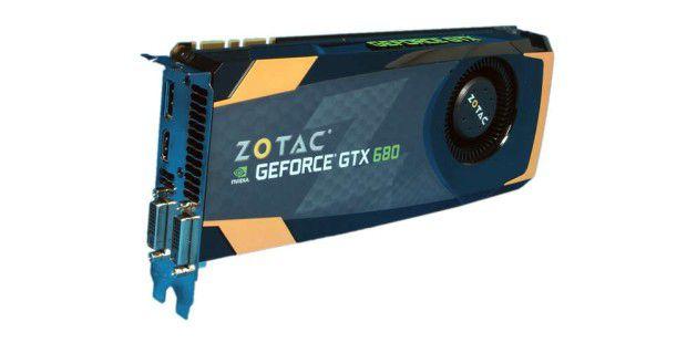 Zotac lässt die Nvidia Geforce GTX 680 unangetastet, aber punktet vor allem mit einem guten Lieferumfang.