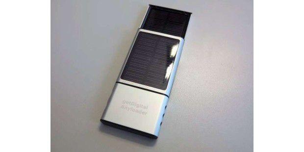 getDigital AnyLoader: Speichert Strom über Solarpanels und gibt diesen an Endgeräte ab.