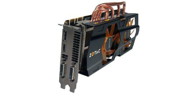 Das AMP! bei Zotac bedeutet eigenes Kühl-Design und stärkere Taktraten.