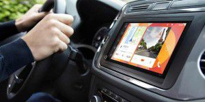 Android-Cockpit mit CarPlay- und Android-Auto-Support von Parrot