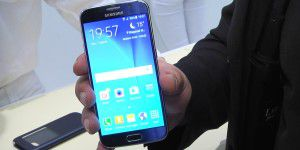 Video: Samsung Galaxy S6 - Hands-on&#x