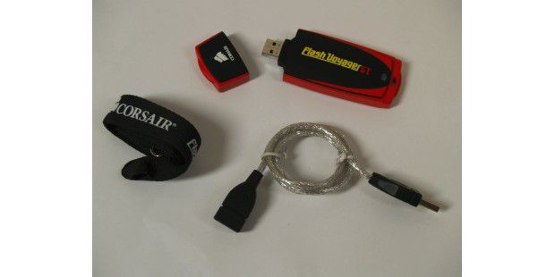 Magerer Lieferumfang: USB-Stick Corsair Flash Voyager GT 128 GB