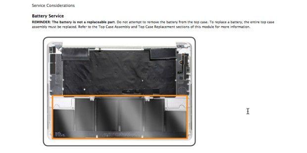 Ein Bauteil: Akku, Trackpad und Tastatur können nur als Einheit mit dem Displaydeckel getauscht weden.