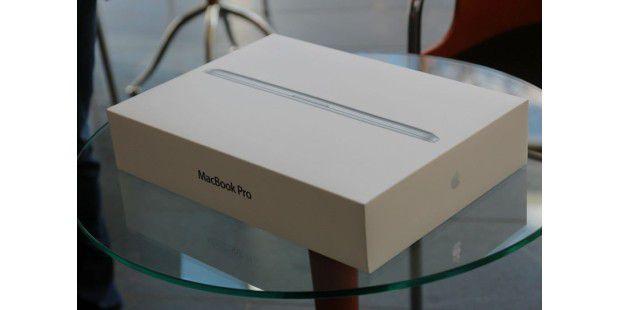 Macbook Pro 13 Zoll Retina ausgepackt