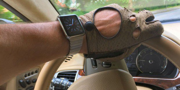 Apple Watch im Auto