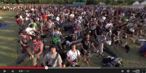 1.000 Musiker performen Foo Fighters-Song - gleichzeitig