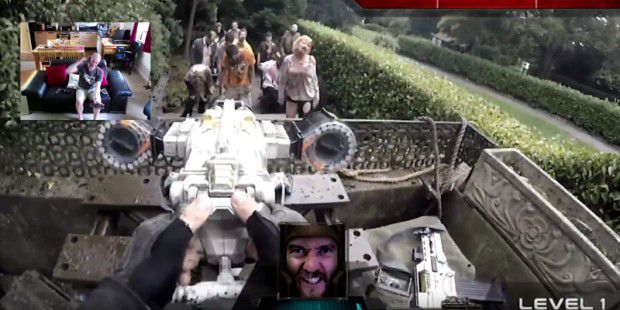 Ausschnitt aus dem Youtube-Clip: Real Life First Person Shooter (Chatroulette version)
