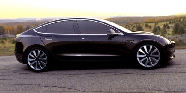 Tesla: Erstes Model 3 läuft am Freitag vom Band