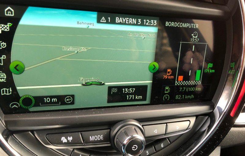 Mini Cooper im Test Apps Navi Unterhaltung Carplay